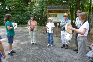 docent Marcie Love, Donna, Judy, Bob, Dick, Melissa